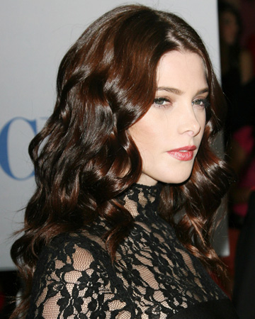 Ashley Greene's sexy curls at the People's Choice Awards