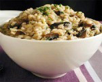 Creamy barley with mushrooms and spinach