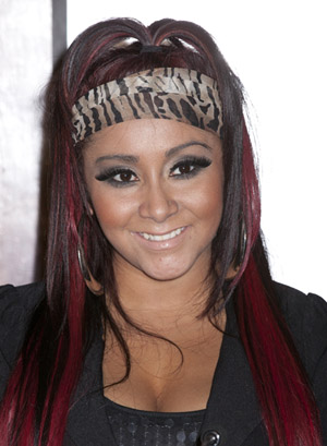 Snooki goes without makeup on Twitter