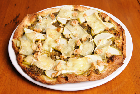 Walnut apple pizza