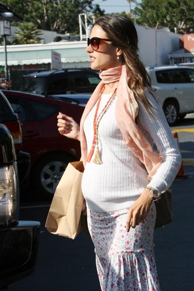 Pregnant Alessandra Ambrosio