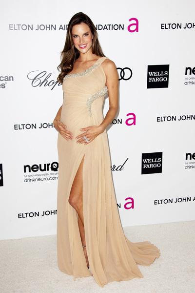 Pregnant Alessandra Ambrosio Elton John Oscar bash