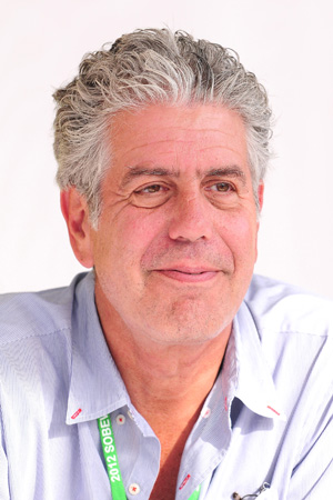 anthony bourdain slams paula deen Anthony Bourdain Slams Paula Deen for Diabetes Drug Partnership
