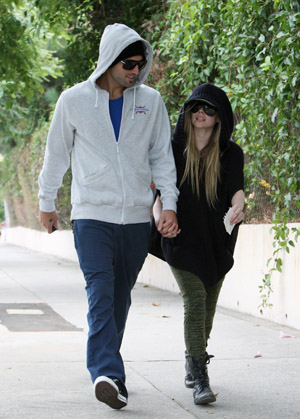 Brody and Avril spotted together