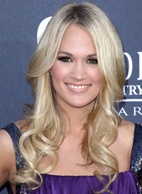 Carrie Underwood -- Shiny, big curls