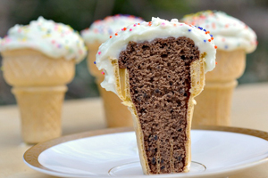 icecream cone cupcake inside