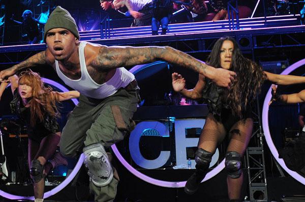 "Chris Brown: ""I won't beat you!"""