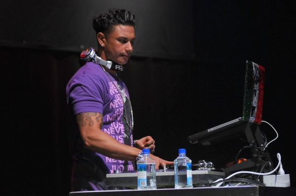 pauly d spinning in ac!