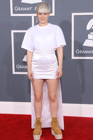 Robyn worst dressed at the 2012 Grammy Awards