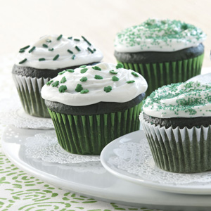 Easy green velvet cupcakes