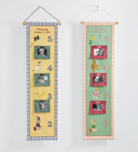 Hanging growth chart