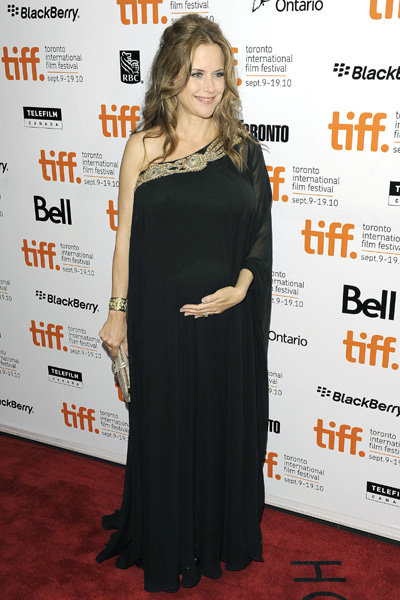Kelly Preston pregnant