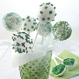 Luck o' the Irish cake pops