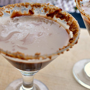 Minny's famous s'mores martini