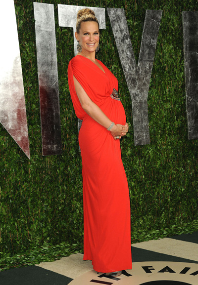 Pregnant Molly Sims at Vanity Fair Oscar party
