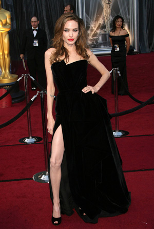 Angelina Jolie at 2012 Oscars 