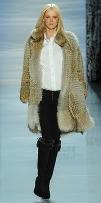 Pamella Roland prefers fur for fall