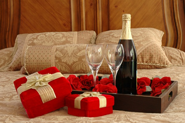 Romantic Bedroom Set Romantic Bedroom Set up is The