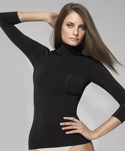 Sleek and Seammless Turtleneck top