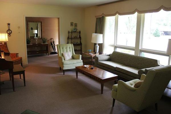 Picture of Leefolt living room