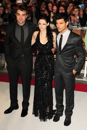 Twilight Cast at Premiere
