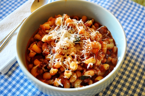 White beans and pasta make a delicious soup