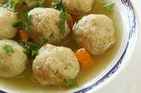 Easy matzo ball soup