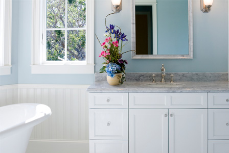 Bathroom Makeovers on Cheap And Chic Bathroom Makeovers