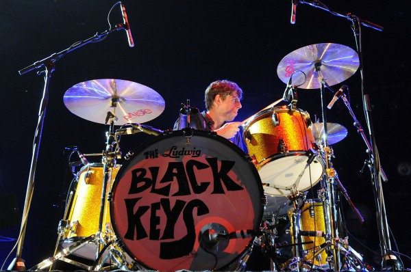 The Black Keys predict a Nickelback punch