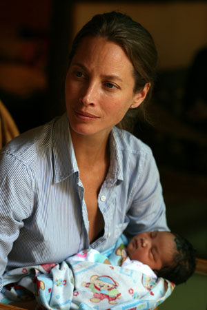 Christy Turlington Burns launches new Facebook Timeline
