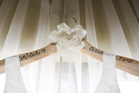 93 best hanger covers images on pinterest hangers diy fancy 3 ways to spruce up boring hangers fancy hangers for wedding dress solutioingenieria Images