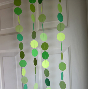 green paper garland 