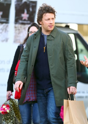 Jamie Oliver fires back at pushy reporter