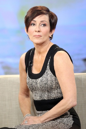 Patricia Heaton sides with Rush Limbaugh, apologizes.