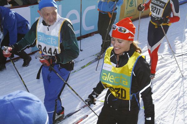 Pippa Middleton competes in charity ski race