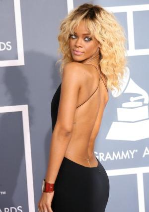Rihanna's dad is ridic