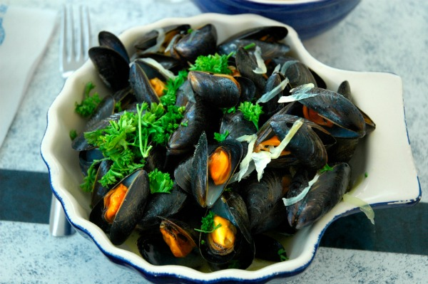 Mussels In White Wine Garlic Butter Sauce | HD Walls | Find Wallpapers