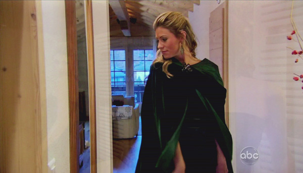 Lindzi Cox sports a green cape on The Bachelor