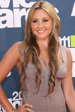 Amanda Bynes popped for DUI after swiping cop car