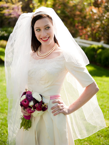 Bride wearing retro gown