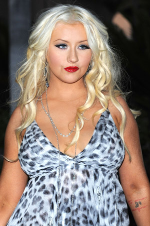 Christina Aguilera snubs The Wanted on The Voice