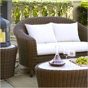Essential outdoor decor