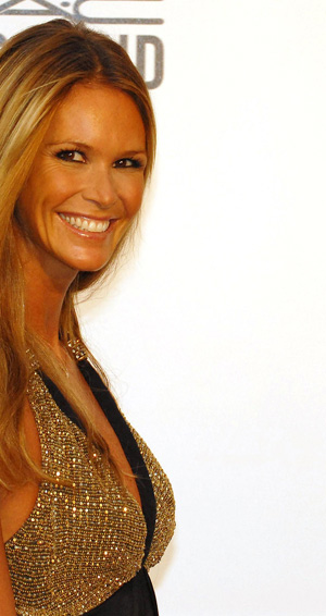 Elle Macpherson tell us her anti-aging secret is poor eyesight