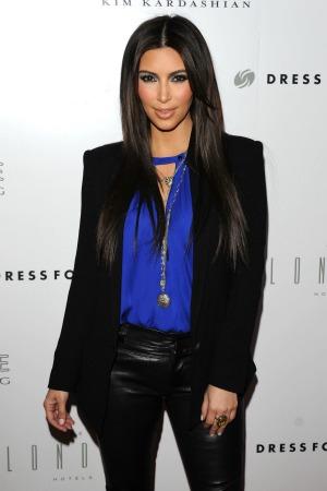 Kardashian Dating on Kim Kardashian Dating Kanye Jpg