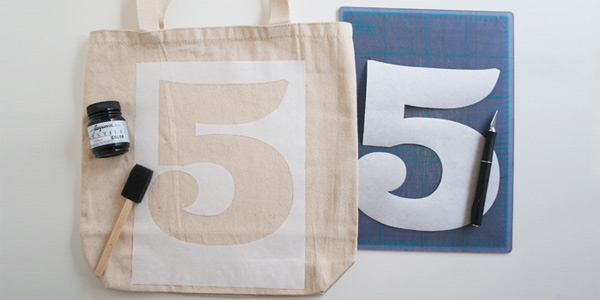 DIY craft tutorial: lucky number tote bag step 3
