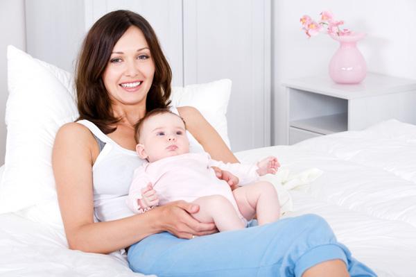 Mom resting with newborn