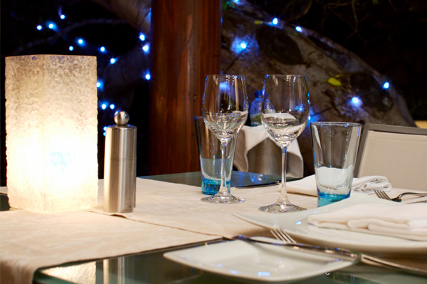 outdoor table setting in white