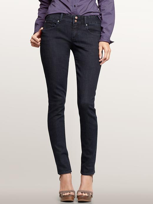 Choose the right skinny jeans for your body type