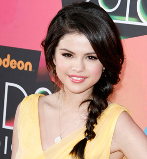 Selena Gomez --Side swept braids