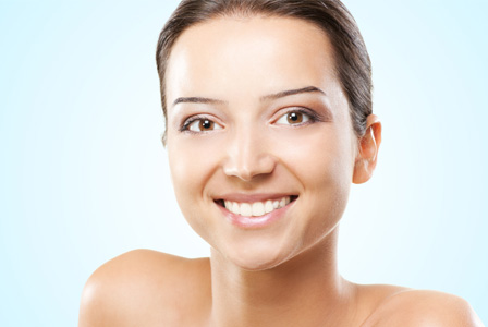 Woman in her 20s with healthy skin
